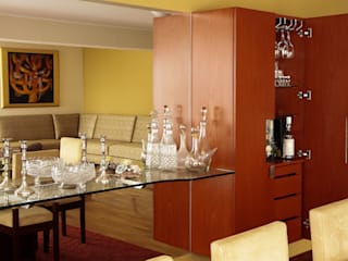 Design Comercial Dining roomWine racks Engineered Wood Brown