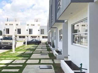 Residencial Cantabria (Proyecto SOP): Casas unifamiliares de estilo  por Alberto Mares Quezada,
