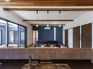 須賀川・今泉のリノベーション: 清建築設計室/SEI ARCHITECTが手掛けたリビングです。