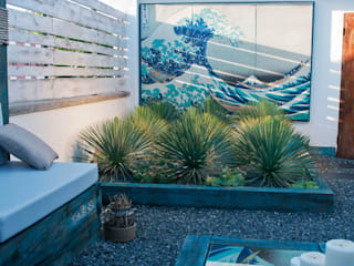 Eclectic style garden by Simbiosi Estudi Eclectic
