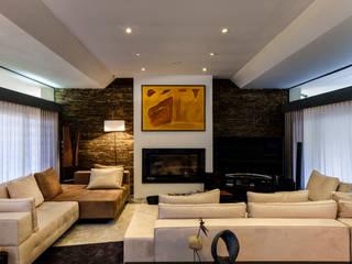 Sala da Aroeira - design de interiores Salas de estar modernas por Oficina Design Moderno