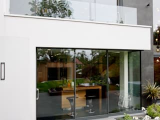 West Heath by IQ Glass UK Modern