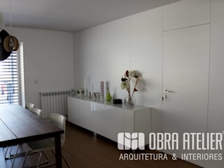 Classic style dining room by OBRA ATELIER - Arquitetura & Interiores Classic