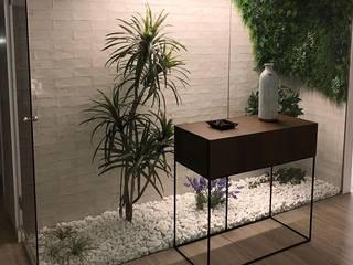 ArDecoprojects: Tres formatos cerámicos en una vivienda de Villarreal Jardines de invierno de estilo minimalista de Decocer Minimalista