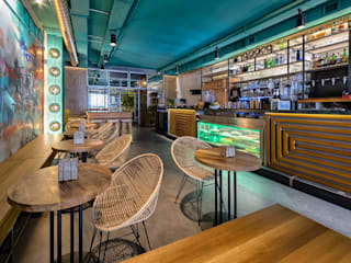 Gigante Bar Bars & clubs modernes par Mister Wils Moderne