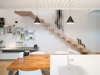 Wireless House tIPS ARCHITECTS Soggiorno minimalista