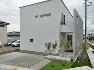 karasaki house ALTS DESIGN OFFICE ラスティックな 家