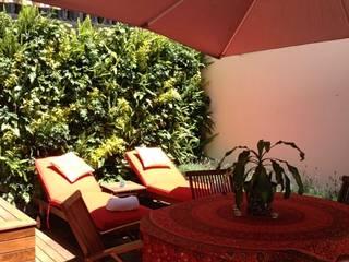 Terrace by Bienes Raices Gaia, Modern