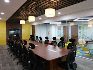 Apex Project Solutions Pvt. Ltd. Commercial Spaces Engineered Wood Wood effect