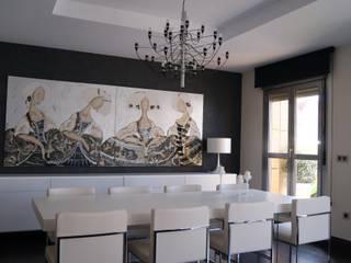 Comedores de estilo moderno de Qum estudio, tienda de muebles y accesorios en Andalucía Moderno