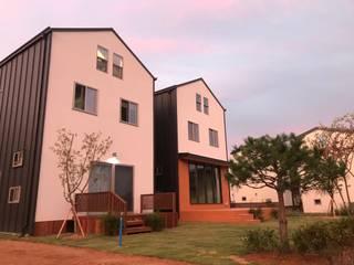 외부 입면: 집으로의  목조 주택