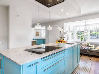 Fotografía de reforma de cocina Alessandra Favetto Photography Cocinas de estilo moderno