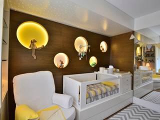 Cuarto del bebé de estilo  por BG arquitetura | Projetos Comerciais, Moderno
