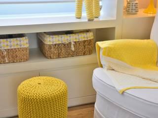 Dormitório de Bebê Lindo por BG arquitetura | Projetos Comerciais Moderno
