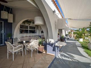 Idearte Marta Montoya Mediterranean style balcony, veranda & terrace