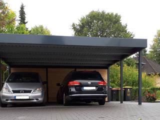 Garajes de estilo moderno de Schmiedekunstwerk GmbH Moderno