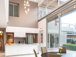 D' Architects Studio Dining roomLighting