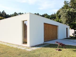 Qiarq . arquitectura+design Single family home Wood White