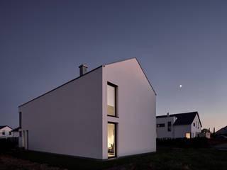 منزل عائلي صغير تنفيذ Schiller Architektur BDA,