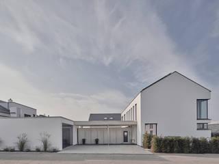 の Schiller Architektur BDA モダン
