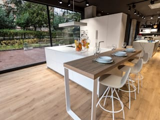 SANTOS VAGUADA Built-in kitchens White