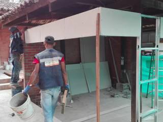 Diseño y Construcción de Tiendas Colegio La Arboleda:  de estilo  por MARROOM | Diseño Interior - Diseño Industrial,