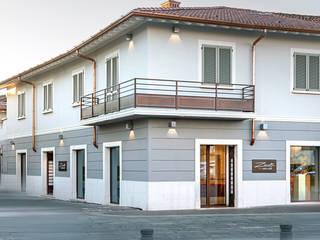 ZANOTTI – PANE, DOLCI E CAFFÈ Gastronomia in stile moderno di Flussocreativo Design Studio Moderno