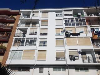 Reparación del hormigón deteriorado en la fachada de un edificio en Santander de MAU CONSTRUCCIONES Y REFORMAS EN CANTABRIA Mediterráneo