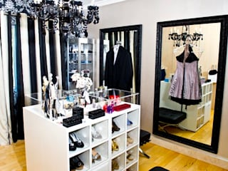 Modern dressing room by AB DESIGN Modern