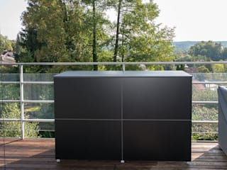 modern  by design@garten - Alfred Hart -  Design Gartenhaus und Balkonschraenke aus Augsburg, Modern