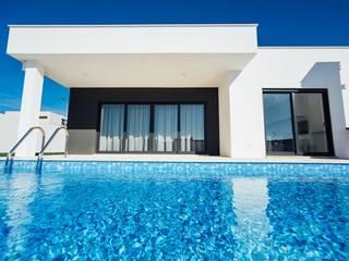 Almeida Garrett Casas modernas por Presprop - Portugal Construction Moderno
