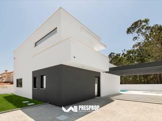 Almeida Garrett II Casas modernas por Presprop - Portugal Construction Moderno