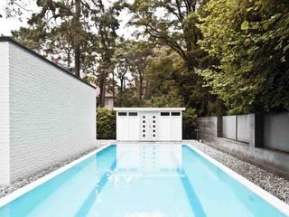 Hütel & Mess GmbH - Privatbad Moderne Pools von Ken Wagner Photography Modern