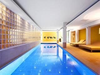 Hütel & Mess GmbH - Privatbad Moderner Spa von Ken Wagner Photography Modern