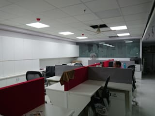 Work station area:  Commercial Spaces by Inside House
