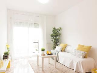 Home Staging en piso vacío en Sant Pere de Ribes:  de estilo  de Dekowow Home Staging