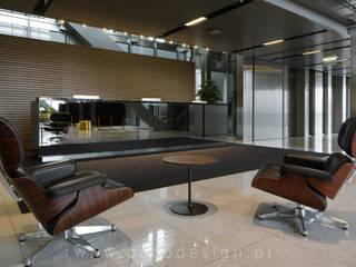 Pracownia Projektowa Poco Design Edificios de oficinas de estilo industrial
