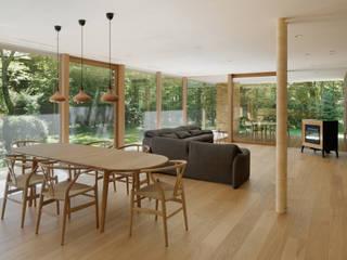 atelier137 ARCHITECTURAL DESIGN OFFICE Skandynawska jadalnia Szkło Przeźroczysty