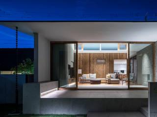 浜松H邸 モダンデザインの リビング の 遠藤誠建築設計事務所(MAKOTO ENDO ARCHITECTS) モダン