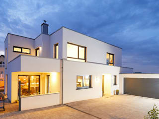Houses by STRICK  Architekten + Ingenieure, Modern