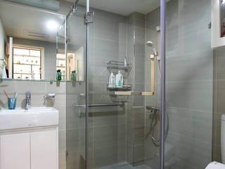 幾何形的沖澡空間 現代浴室設計點子、靈感&圖片 根據 奕禾軒 空間規劃 /工程設計 現代風