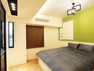 溫馨舒適的臥室 根據 奕禾軒 空間規劃 /工程設計 現代風
