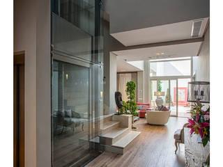 Idearte Marta Montoya Mediterranean corridor, hallway & stairs