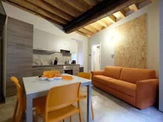 Domus LEYDI Cucina moderna di architetto Davide Fornero Moderno
