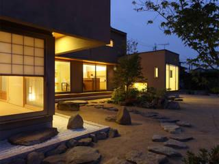修景の舎 -風景をつくる佇まい- の Studio tanpopo-gumi 一級建築士事務所 モダン