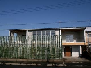 外観 グリーンウォール: 株式会社高野設計工房が手掛けた木造住宅です。