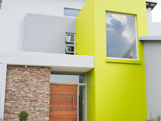 Bikki Wes Estate: modern Houses by Cecilia Architects CC