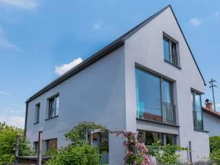 Casas estilo moderno: ideas, arquitectura e imágenes de WSM ARCHITEKTEN Moderno