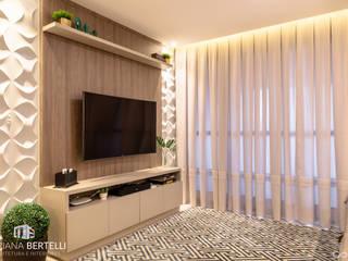 Salas Integradas : Salas de estar  por Mariana Bertelli Arquitetura e Interiores