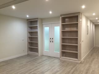 Reforma integral duplex Majadahonda: Dormitorios de estilo  de Simetrika Rehabilitación Integral